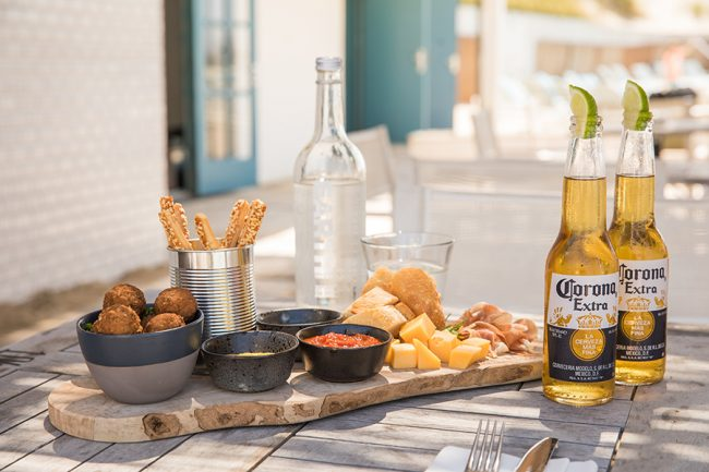 Bernie's Beach Club Zandvoort 11