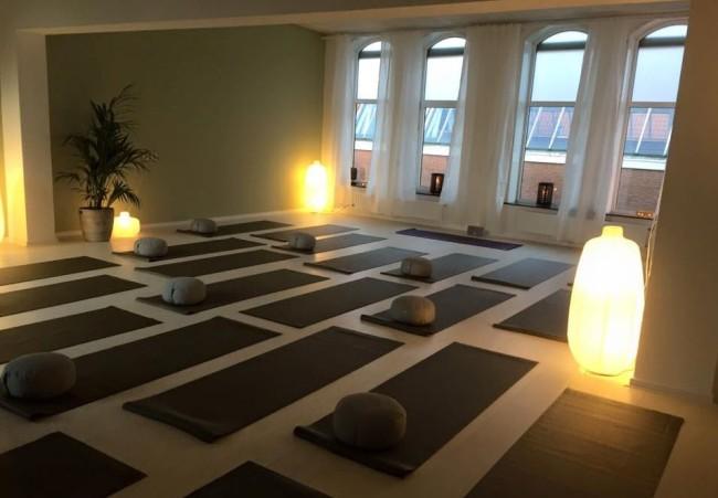Pop up yogastudio Haarlem