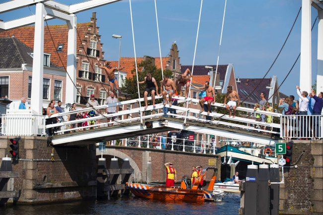 Swim to fight cancer Haarlem 1